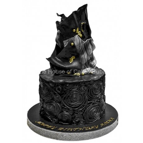 black and gold modern cake 6