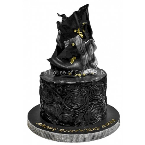 black and gold modern cake 7