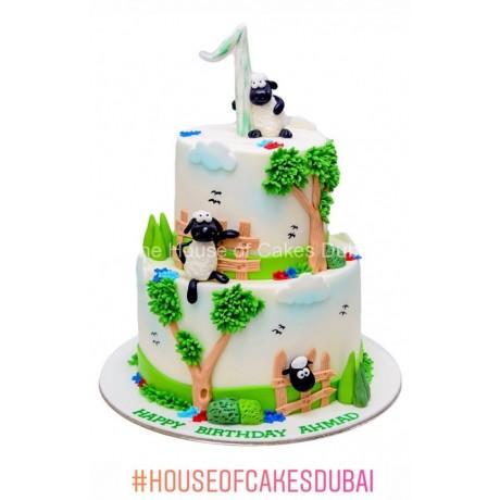 farm theme cake with sheeps 6