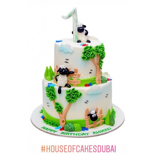 farm theme cake with sheeps 7