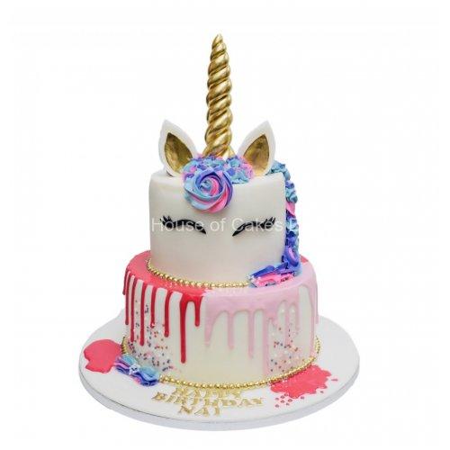 Unicorn Cake 36