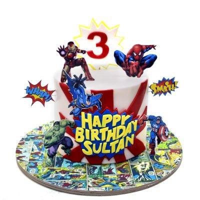 Superheroes Cake 31